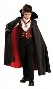 Vampyro/drakulos kostiumas. Helovino karnavalinių kostiumų nuoma. Karnavalinių kostiumų katologas. Karnavalinių kostiumų katologas. Karnavaliniu kostiumu nuoma vaikams Vilniuje - pasakunamai.lt